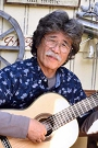 田部井辰雄(ギター)